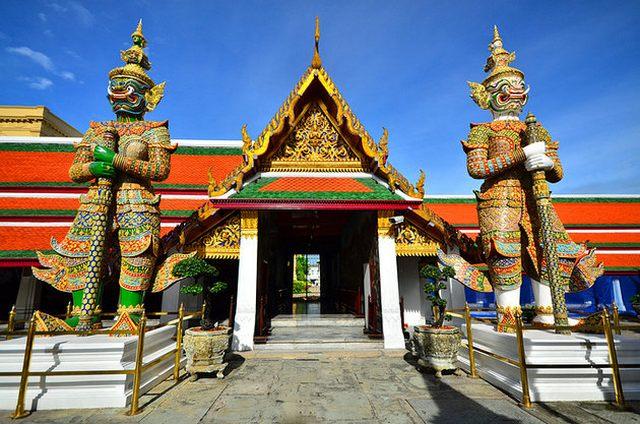 القصر الكبير من افضل اماكن السياحة في بانكوك تايلاند