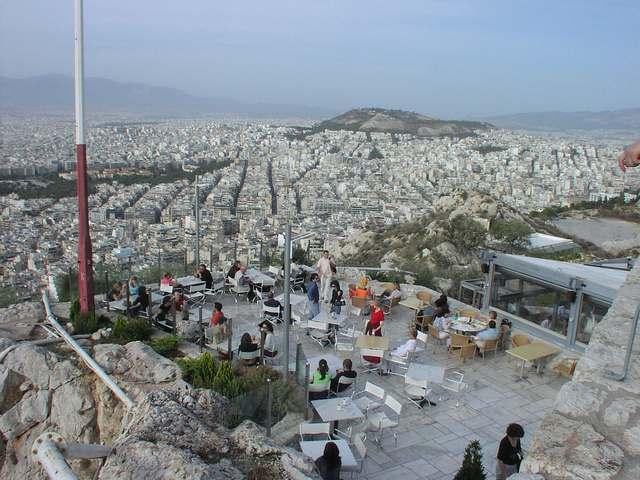 تل الكافتيوس من اجمل الاماكن السياحية في اثينا