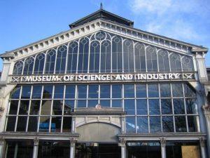 متحف العلوم والصناعة من اهم الاماكن السياحية في مانشستر انجلترا
