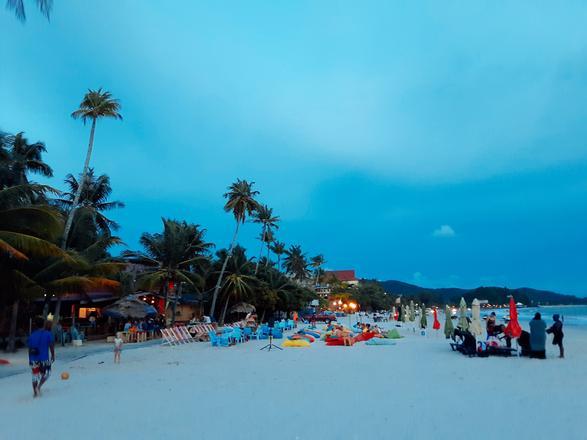 شاطئ سينانج جزيرة لنكاوي