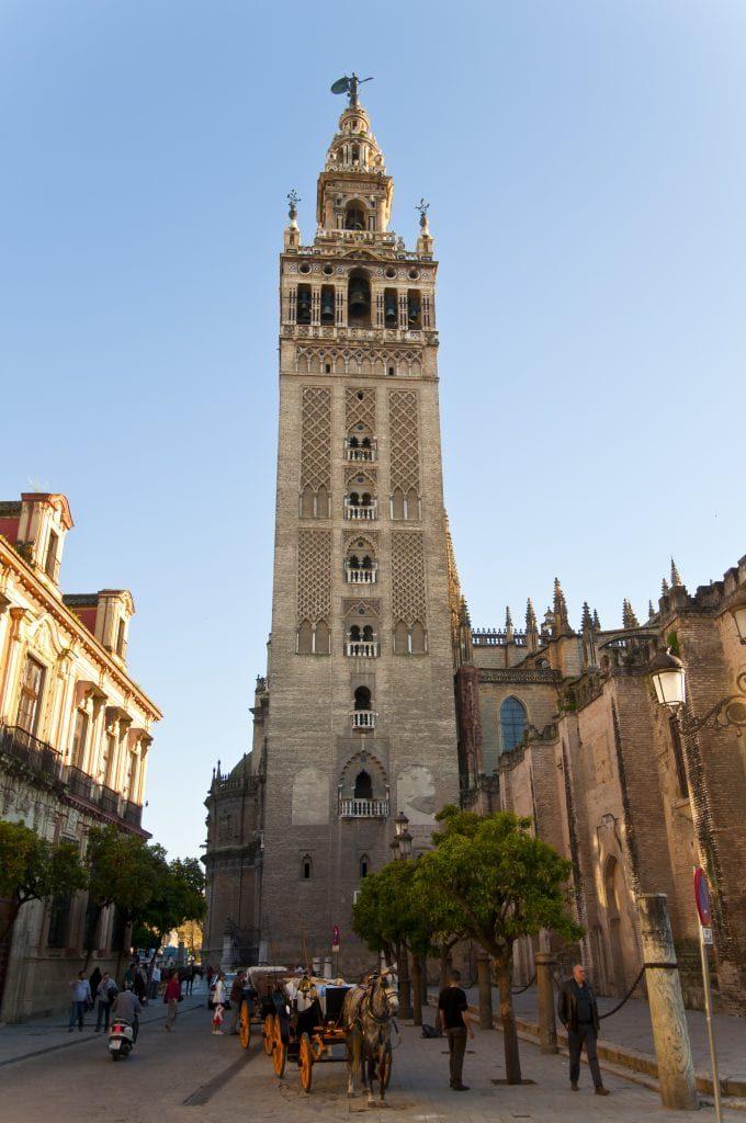 برج الخيرالدة في اشبيلية اسبانيا