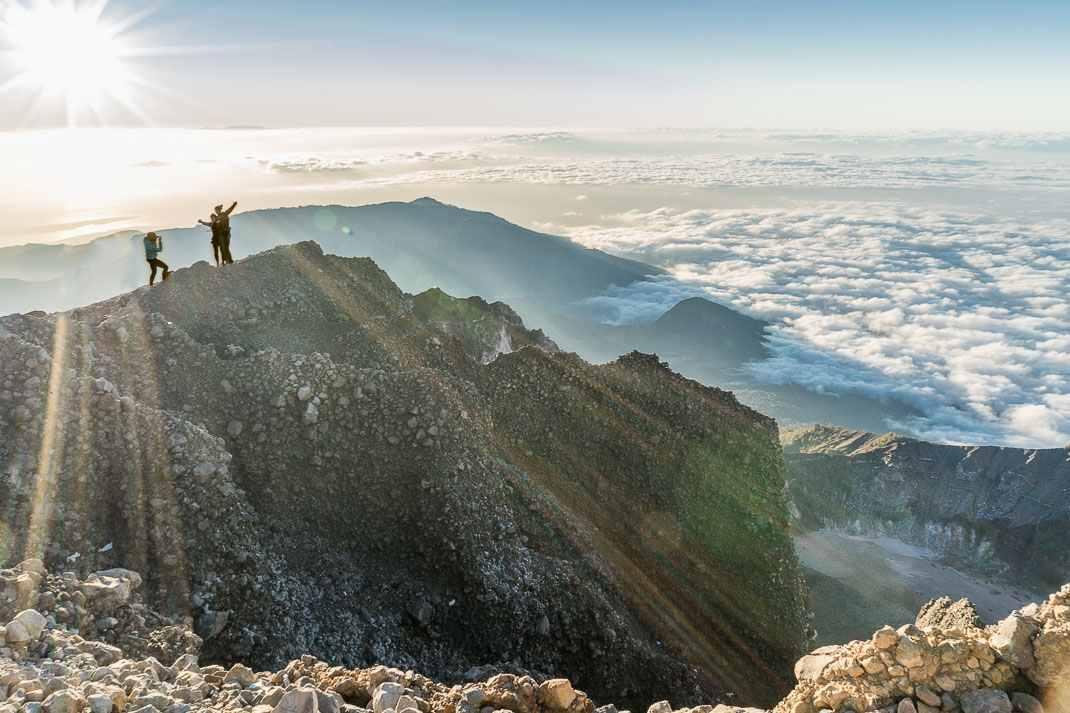 جبل رينجاني اندونيسيا لومبوك