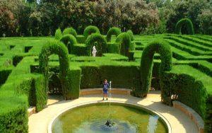 حديقة متاهة هورتا في مدينة برشلونة اسبانيا
