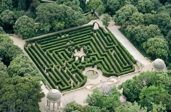 حديقة متاهة هورتا في اسبانيا برشلونة