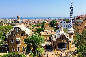 حديقة جويل برشلونة من اجمل الاماكن السياحية في برشلونة اسبانيا