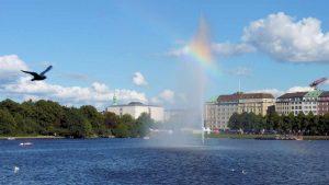 بحيرة الأستر من اجمل اماكن السياحة في هامبورغ المانيا