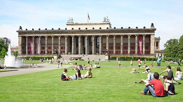 متحف برلين القديم من اهم معالم برلين السياحية
