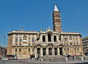 كنيسة سانتا ماريا من اشهر معالم السياحة في روما ايطاليا