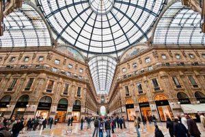 غاليريا فيتوريو إيمانويل ميلان ، من افضل الاماكن السياحية في ميلانو ايطاليا