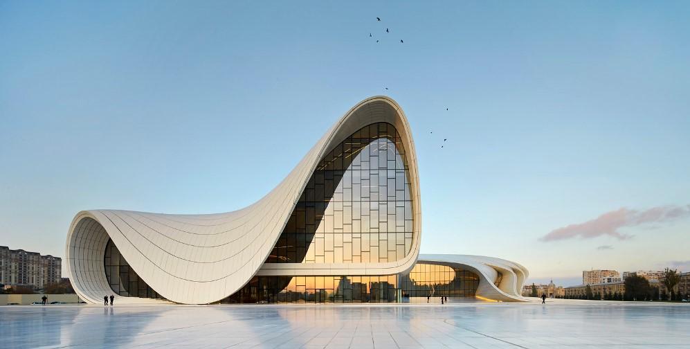 مركز حيدر علييف في باكو اذربيجان