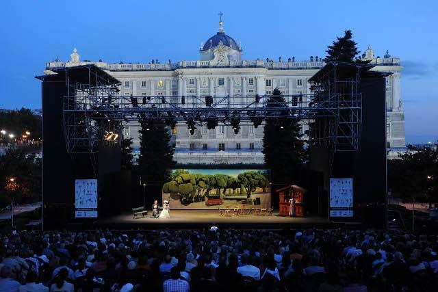 حدائق ساباتيني من اجمل اماكن السياحة في مدريد اسبانيا
