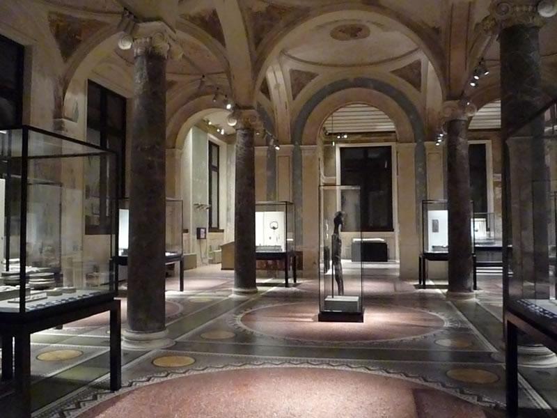 متحف برلين الجديد المانيا