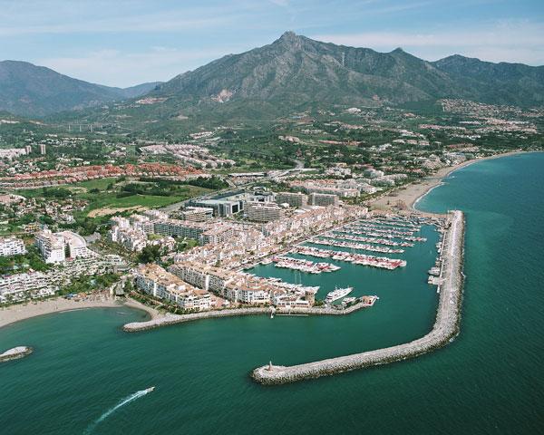 ميناء بويرتو بانوس ماربيا اسبانيا