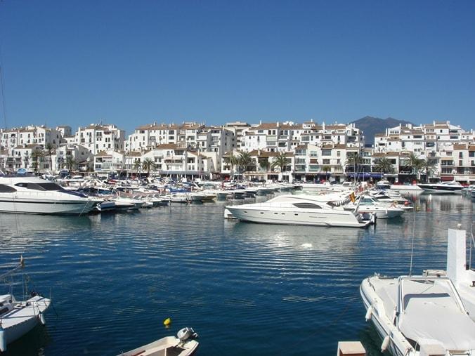 ميناء بويرتو بانوس ماربيا من اهم الاماكن السياحية في ماربيا في مدينة ماربيا اسبانيا تعرف على ماربيلا و السياحة في ماربيا