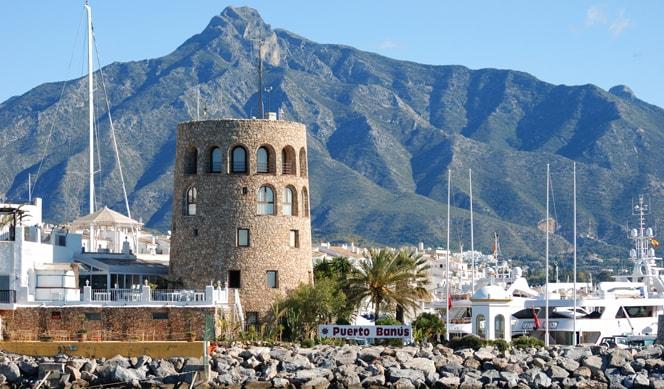 ميناء بويرتو بانوس من اجمل اماكن السياحة في ماربيا إسبانيا