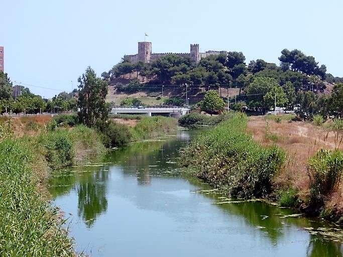 قلعة سهيل من اجمل معالم مدينة ماربيا اسبانيا