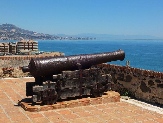 قلعة سهيل من اجمل اماكن السياحة في اسبانيا ماربيا