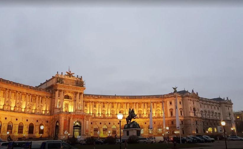 قصر هوفبورغ في مدينة فيينا النمساوية