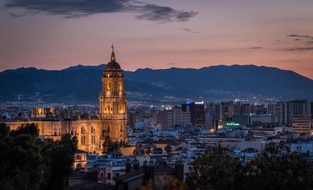 كاتدرائية مالقا من اجمل معالم السياحة في ملقا اسبانيا