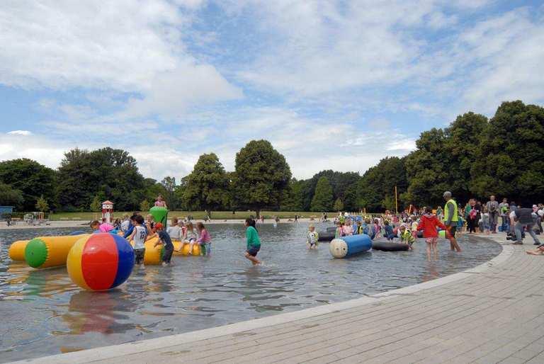 حديقة سيتي بارك من معالم السياحة المهمة في مدينة هامبورغ المانيا
