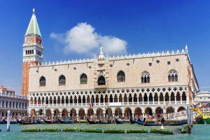 قصر دوجي من اشهر اماكن السياحة في البندقية فينيسيا