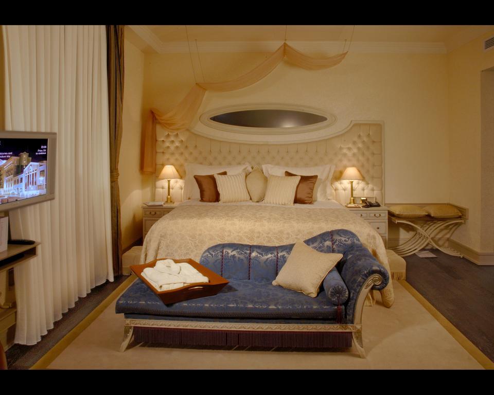 فنادق في باكو