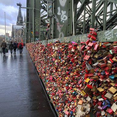 جسر اقفال الحب كولن المانيا