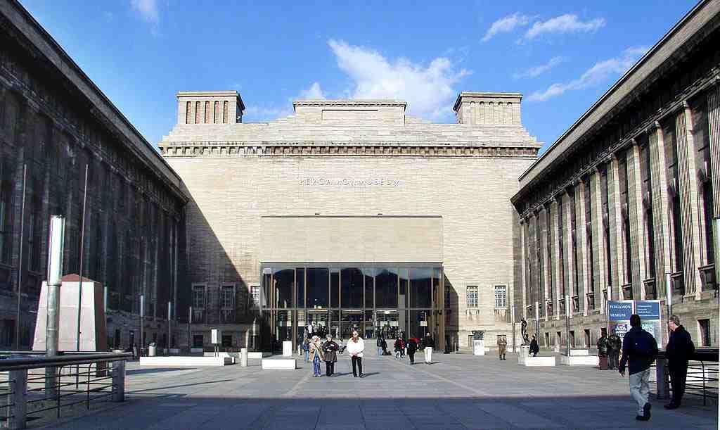 متحف بيرغامون برلين المانيا