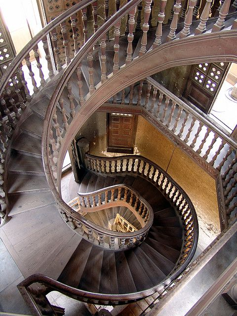 قصر البارون من اهم اماكن السياحة في القاهرة مصر