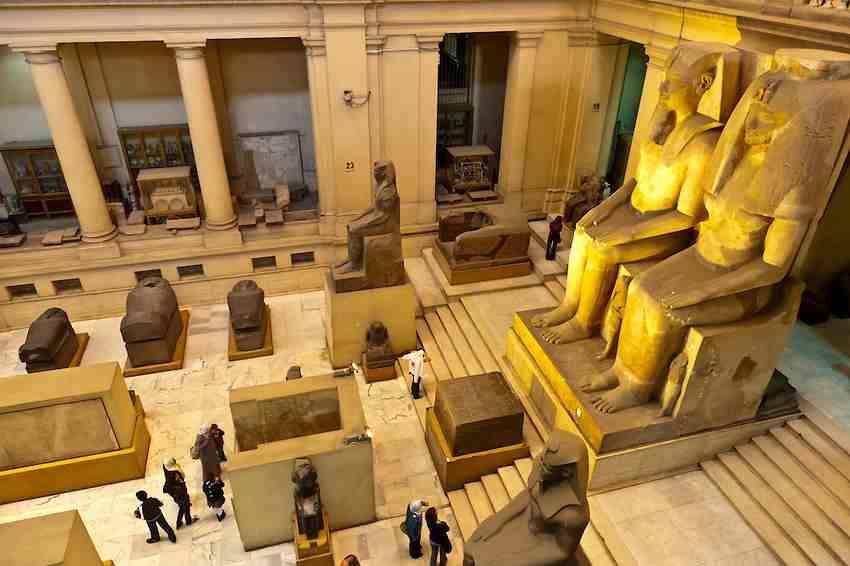 يعتبر المتحف المصري في القاهرة من افضل الاماكن السياحية في القاهرة