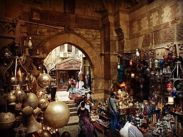 سوق خان الخليلي في مصر