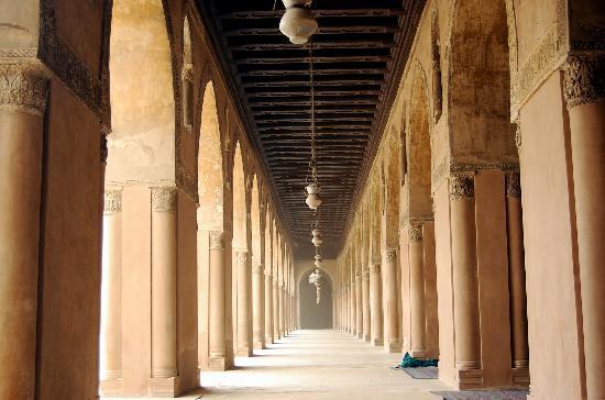 جامع ابن طولون في القاهرة