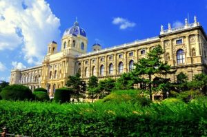 متحف التاريخ الطبيعي من افضل اماكن السياحة في النمسا فيينا