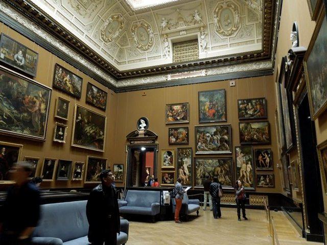 متحف التاريخ الطبيعي من افضل متاحف فيينا