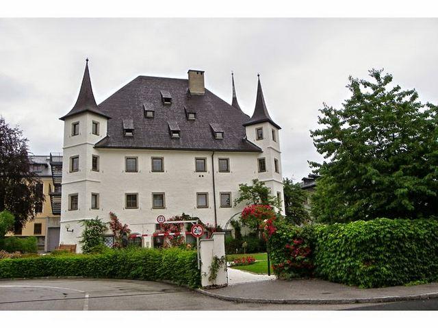 قلعة روزنبورغ زيلامسي
