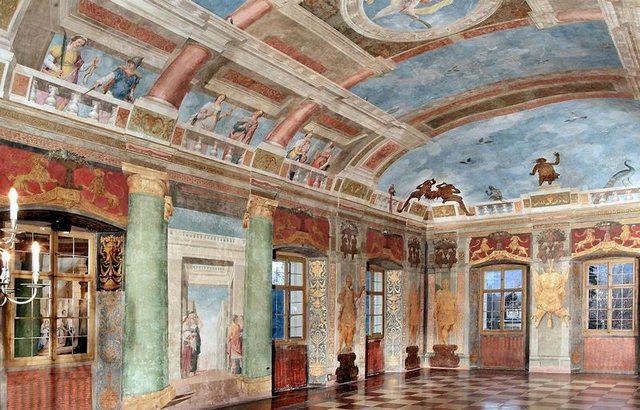 قصر هيلبرون من افضل اماكن السياحة في سالزبورغ النمسا