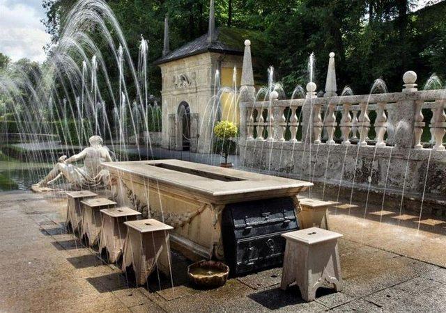 قصر هيلبرون في النمسا سالزبورغ