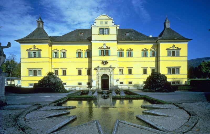 قصر هيلبرون سالزبورغ من اهم الاماكن السياحية في سالزبورغ النمسا