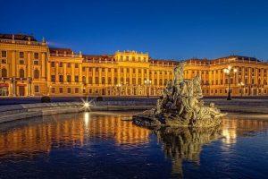 تعرف في المقال على افضل الانشطة السياحية في قصر شونبرون فيينا ، بالإضافة الى افضل فنادق فيينا القريبة منه
