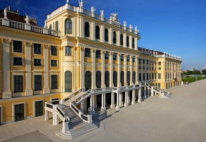 قصر شونبرون فيينا النمسا