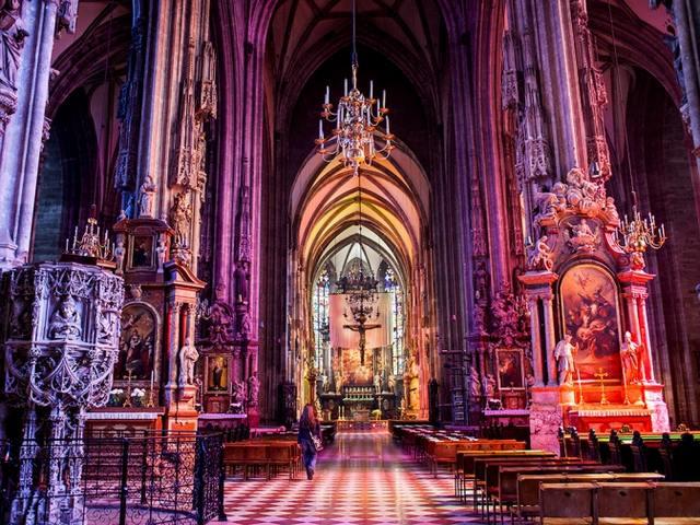 كاتدرائية سانت ستيفن من اجمل معالم فيينا السياحية