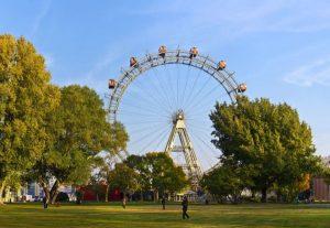 تعرف في المقال على أفضل الأنشطة السياحية في عجلة فيريس فيينا ، بالإضافة الى افضل فنادق فيينا القريبة منها