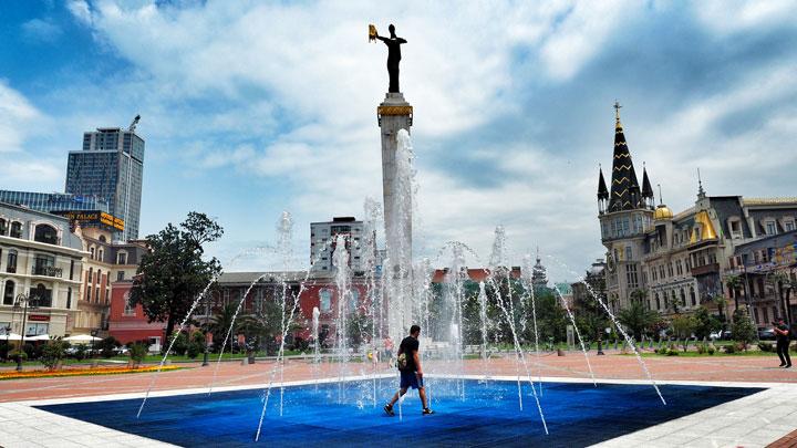 ساحة اوروبا في باتومي