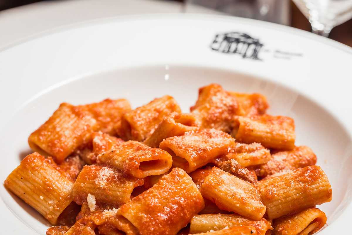 مطعم إل تيمبيو دي إزيدي من افضل مطاعم في روما