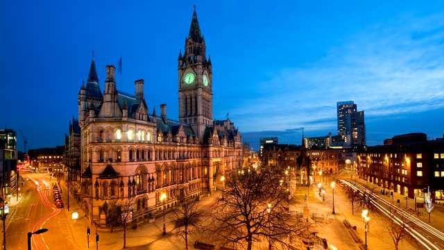 السفر الى انجلترا و السياحة في انجلترا مانشستر