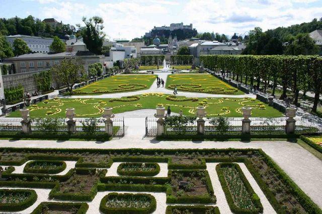 قصر ميرابيل في النمسا سالزبورغ