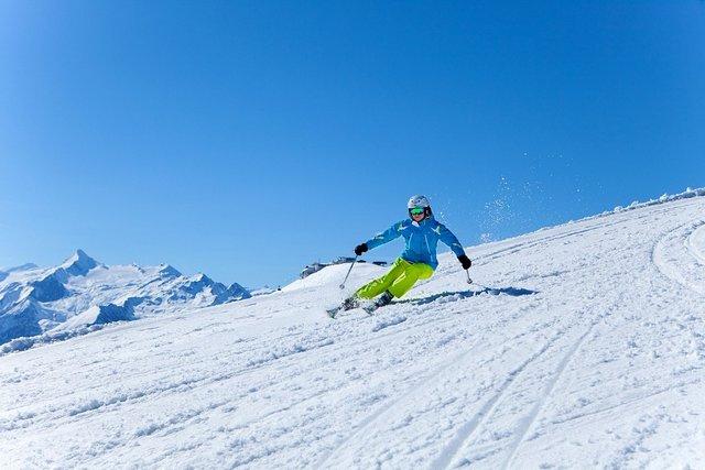 جبل شميتن هوه من افضل اماكن سياحية في زيلامسي النمسا