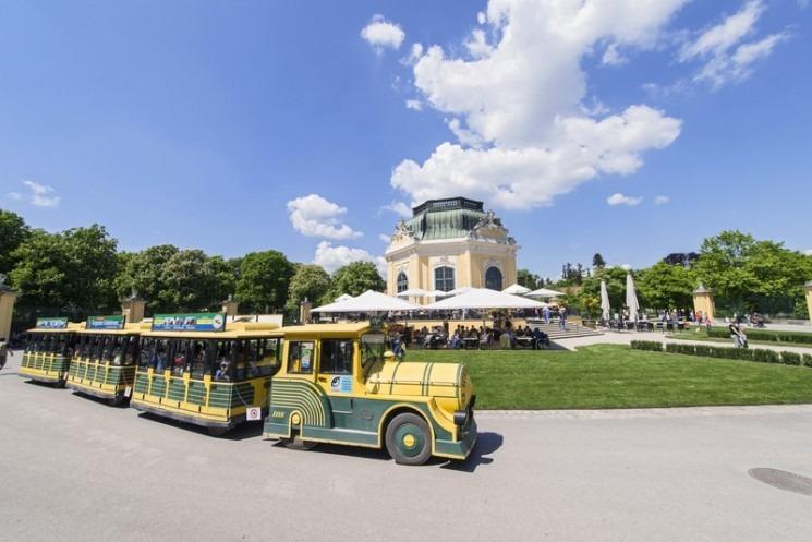 حديقة حيوانات فيينا من افضل الاماكن السياحية في النمسا فيينا