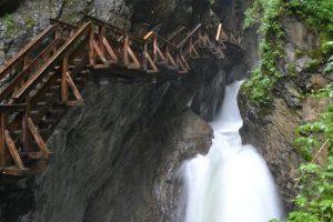 شلالات زغموند ثون كلام من اجمل اماكن السياحة في النمسا كابرون