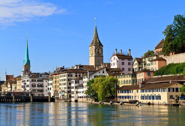 زيورخ من اجمل مدن سويسرا السياحية